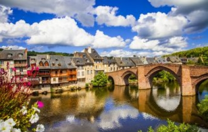 Discover Dordogne with Active Journeys - escorted adventure travel or self-guided adventure travel tours and holidays